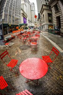 ニューヨーク・ウォール街の街並みの写真素材 [FYI01259747]