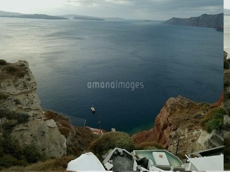 サントリーニ島 イアの海 santorini oiaの写真素材 [FYI01260035]