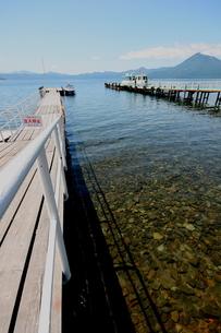北海道支笏湖の春の風景の写真素材 [FYI01260178]