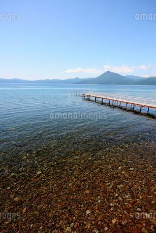 北海道支笏湖の春の風景の写真素材 [FYI01260188]