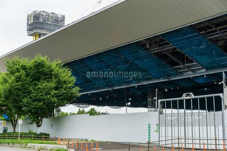 東京アクアティクスセンター 建設中の写真素材 [FYI01260376]