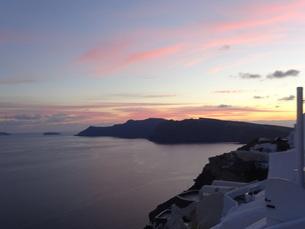 サントリーニ島 イアの夕暮 santorini oiaの写真素材 [FYI01260469]