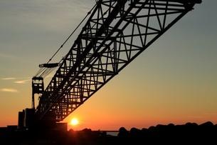 港の夕暮れの写真素材 [FYI01260503]