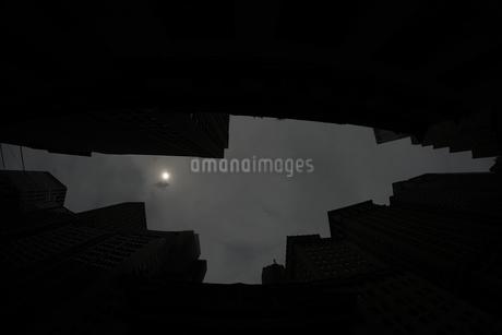 ニューヨーク・ウォール街の街並みの写真素材 [FYI01260567]