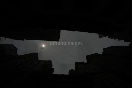 ニューヨーク・ウォール街の街並みの写真素材 [FYI01260569]