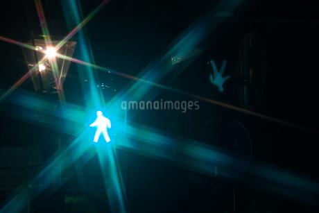 歩行者用信号機イメージの写真素材 [FYI01260613]