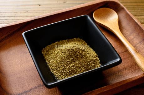 山椒の粉の写真素材 [FYI01261093]