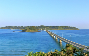 早朝の角島大橋の写真素材 [FYI01261130]