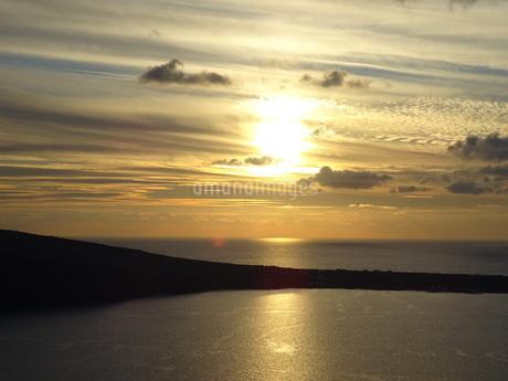 サントリーニ島 イアの夕暮れ santorini oiaの写真素材 [FYI01261331]