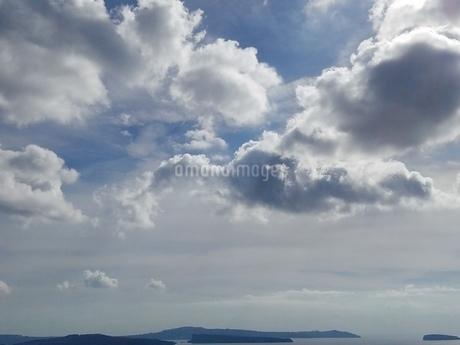 サントリーニ島 イアの空 santorini oiaの写真素材 [FYI01261374]