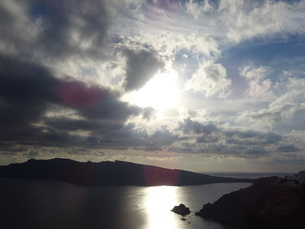 サントリーニ島 イアの夕暮れ santorini oiaの写真素材 [FYI01261604]