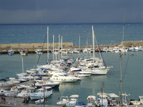 クレタ島 海の風景 crete heraklionの写真素材 [FYI01262048]
