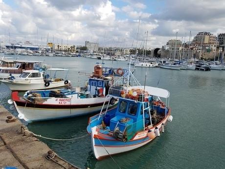 クレタ島 イラクリオンの海 crete heraklionの写真素材 [FYI01262482]