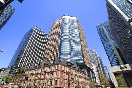 丸の内高層ビルの写真素材 [FYI01263037]