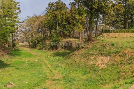 春の箕輪城の風景の写真素材 [FYI01263563]