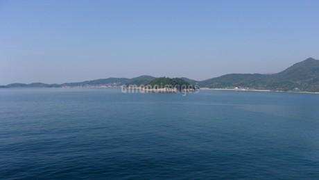 瀬戸内海に浮かぶ島2の写真素材 [FYI01263862]