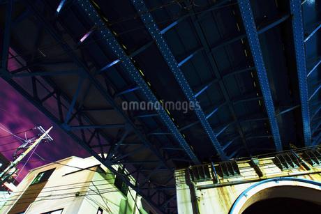 高架下の写真素材 [FYI01264164]