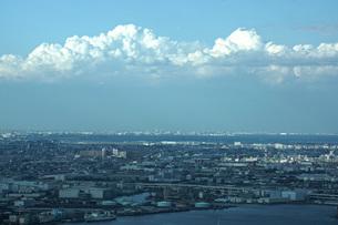 横浜ランドマークタワーから見る京浜工業地帯の写真素材 [FYI01264181]