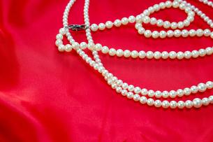 真珠のネックレスの写真素材 [FYI01264210]