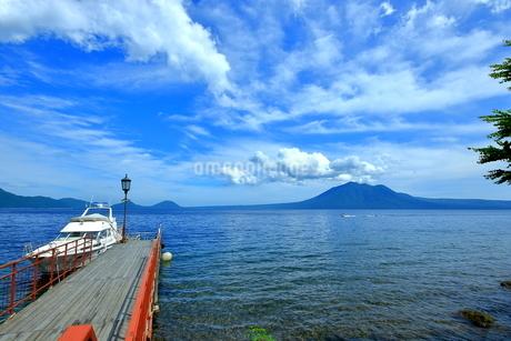 支笏湖の風景の写真素材 [FYI01264434]