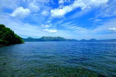 支笏湖の風景の写真素材 [FYI01264440]