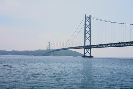 明石市からから見た明石海峡大橋の写真素材 [FYI01264648]