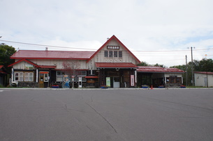 JR釧網本線 川湯温泉駅の写真素材 [FYI01264783]