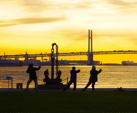 早朝の体操イメージの写真素材 [FYI01265144]