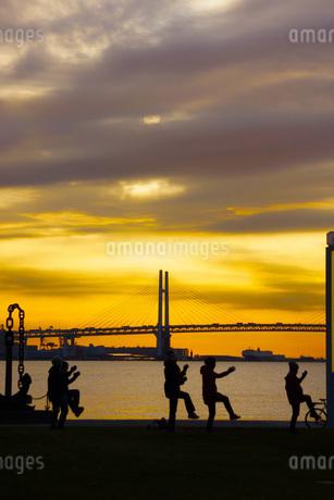 早朝の体操イメージの写真素材 [FYI01265151]