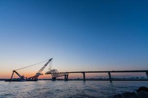 東京ゲートブリッジ(建設中)の写真素材 [FYI01265223]