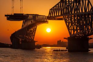東京ゲートブリッジ(建設中)の写真素材 [FYI01265232]