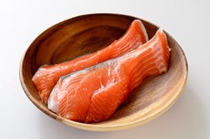 銀鮭 切身の写真素材 [FYI01265684]
