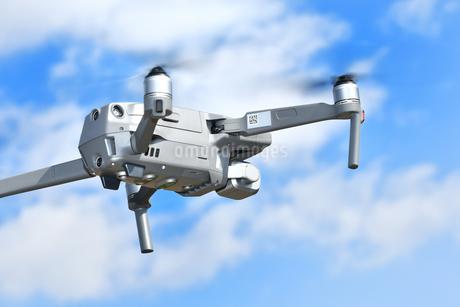空撮専用の小型ドローンの写真素材 [FYI01265725]