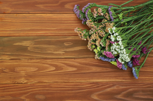スターチスの花束の写真素材 [FYI01266557]
