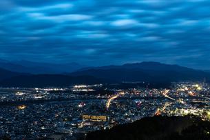 愛宕山展望台夜景の写真素材 [FYI01266592]