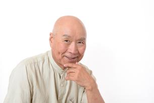 笑顔のシニア男性の写真素材 [FYI01266621]