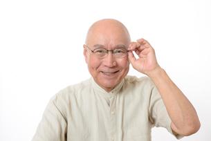笑顔のシニア男性の写真素材 [FYI01266624]