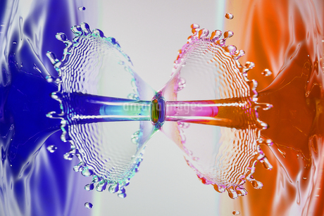水滴のハイスピード撮影の写真素材 [FYI01267261]