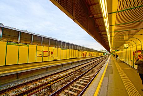 オーストリア・ウィーンの鉄道の写真素材 [FYI01267550]