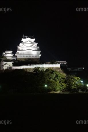 夜の姫路城の写真素材 [FYI01268006]