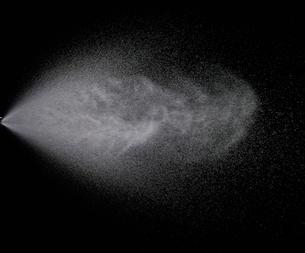 霧吹きの写真素材 [FYI01268538]