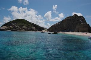 南国沖縄の渡嘉敷島の無人島の写真素材 [FYI01270151]