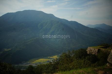 竹田城址から見た風景の写真素材 [FYI01270214]