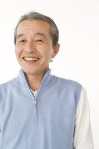 笑顔のシニア男性の写真素材 [FYI01272728]
