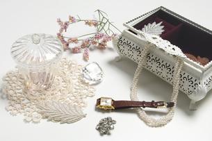 宝飾品イメージの写真素材 [FYI01274122]