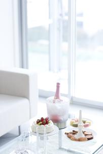 お菓子とケーキの写真素材 [FYI01274507]