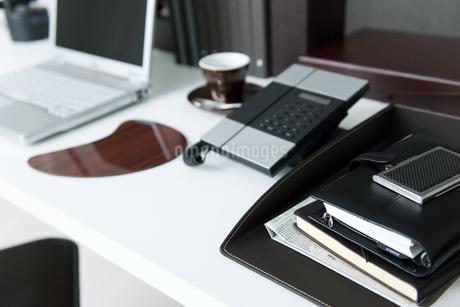 オフィスのデスク周りの写真素材 [FYI01275366]