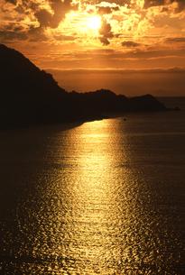 海の夕景の写真素材 [FYI01275489]