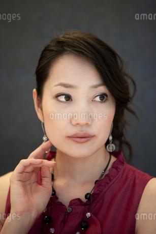 女性のポートレートの写真素材 [FYI01279537]