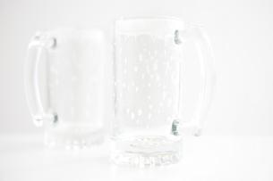 空のジョッキグラスの写真素材 [FYI01279977]